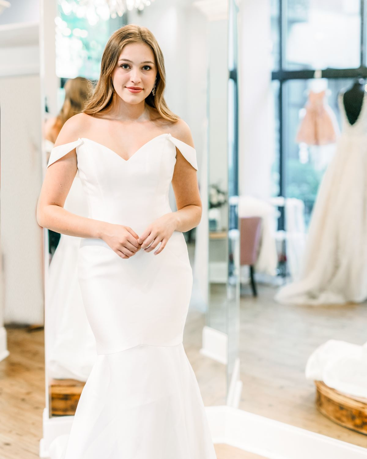 Our Favorite 2021 Wedding Dress Trends. Desktop Image